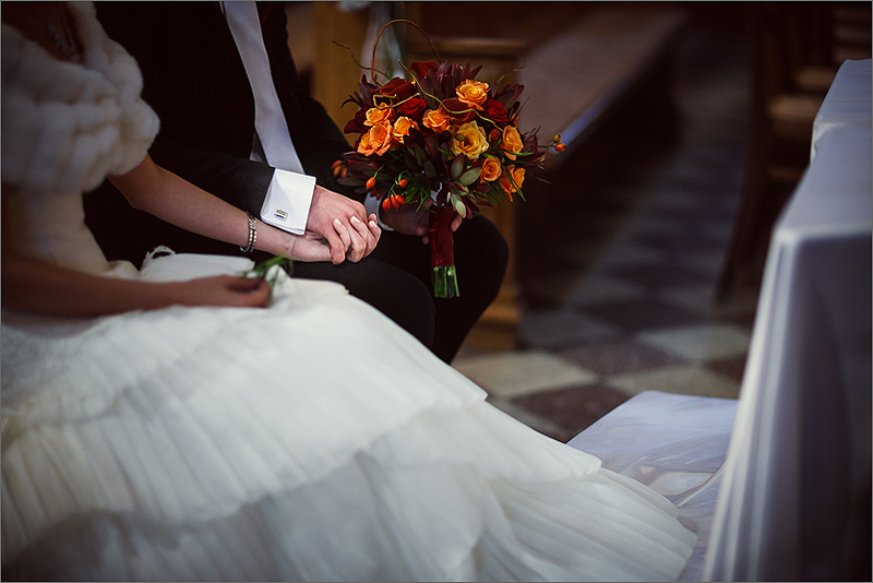 Fotografia ślubna i weselna przygotowania ceremonia dłonie