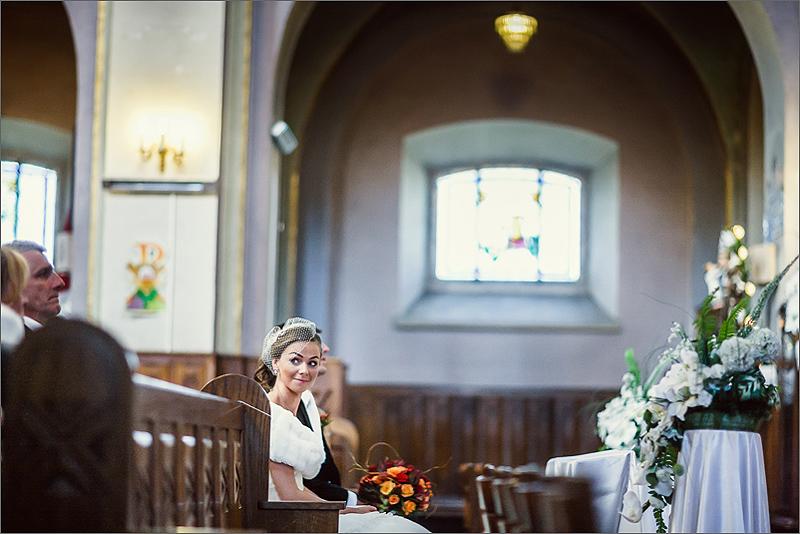 Fotografia ślubna i weselna przygotowania panna młoda