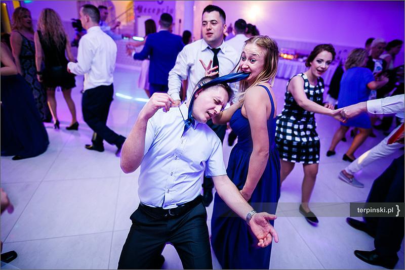 Sesja weselna Rzeszów zabawa