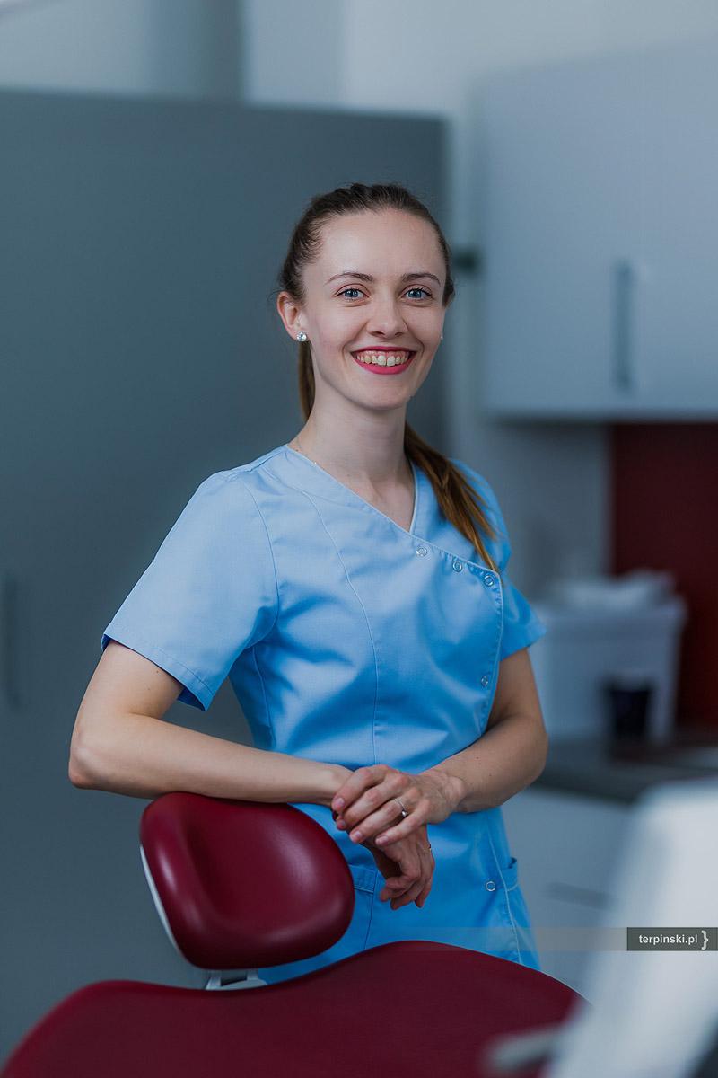 Fotografia biznesowa stomatologia rzeszów lekarz