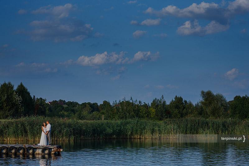 Fotografia ślubna plener na wodzie stalowa wola