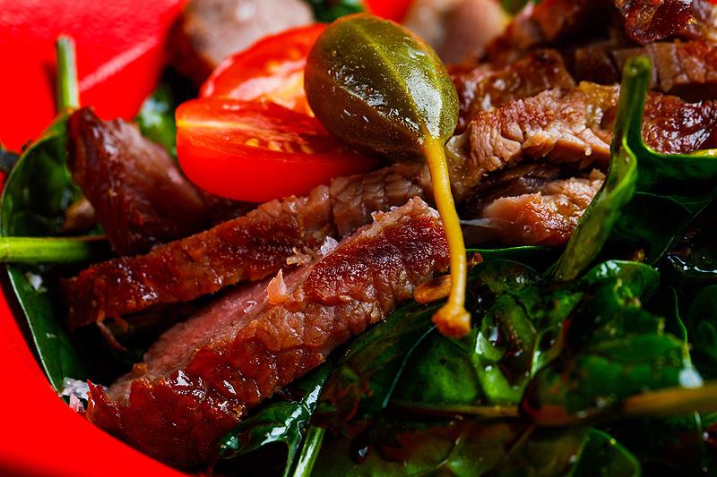 Sesja zdjęciowa jedzenie mięso