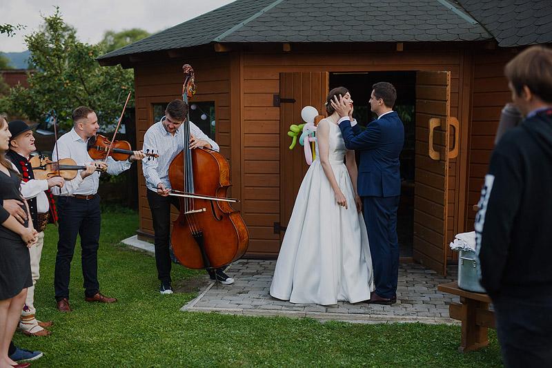 Sesja z ceremonii ślubnej, przyjęcie