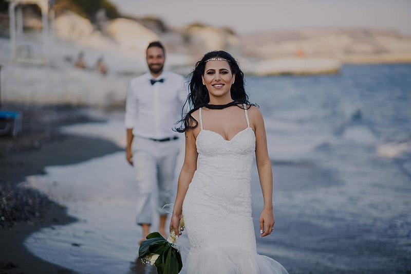 Plener na plaży Cypr ślubnie