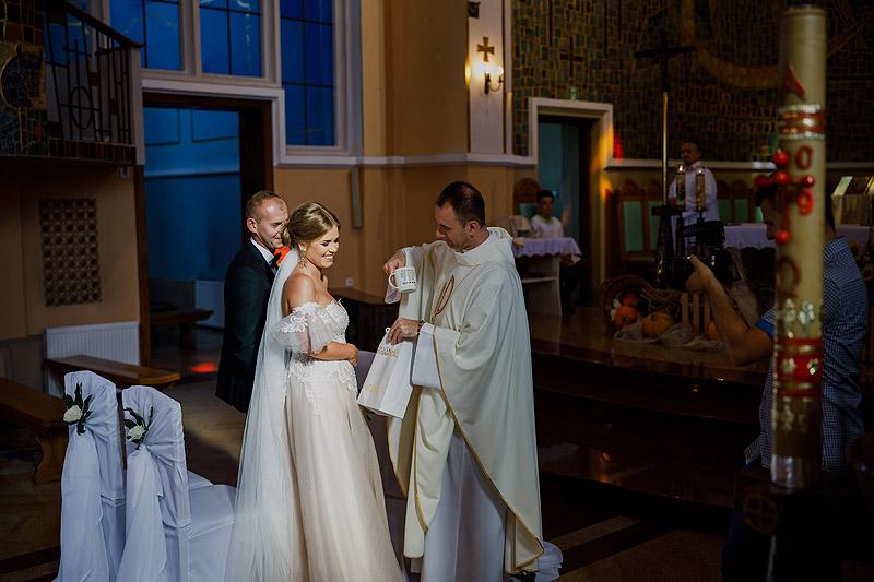 Sesja ślubna Łańcut kościół