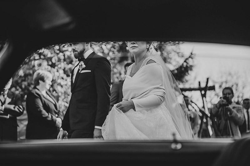 Zdjęcia z ceremonii ślubnej Kolbuszowa Sędziszów wyjście z domu