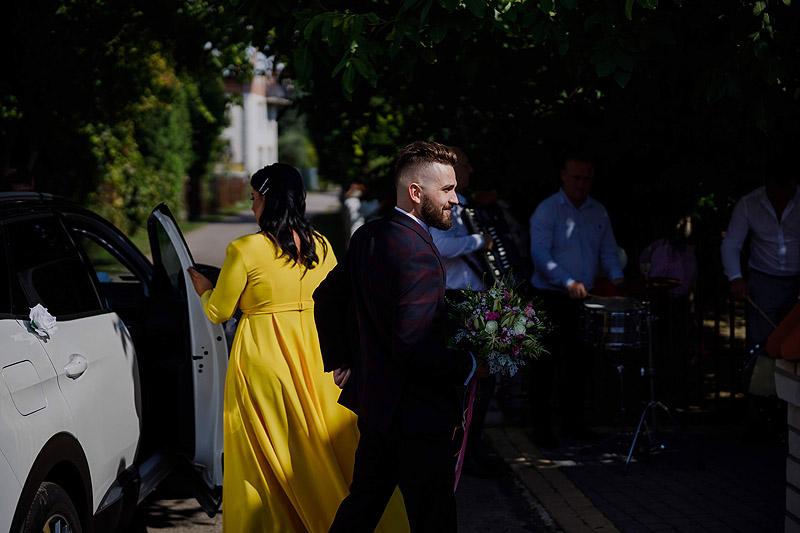 Przygotowania ślubne u Pani młodej