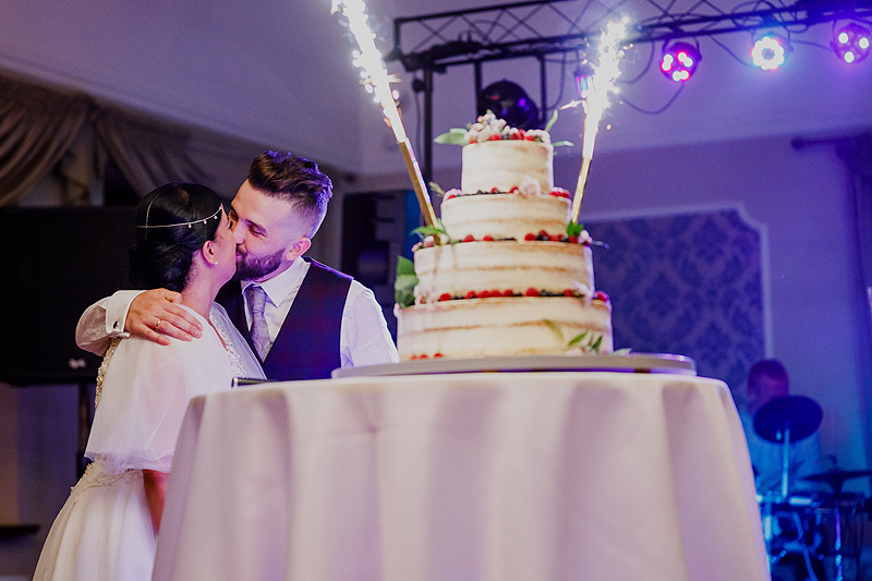 Reportaże ślubne Rzeszów tort