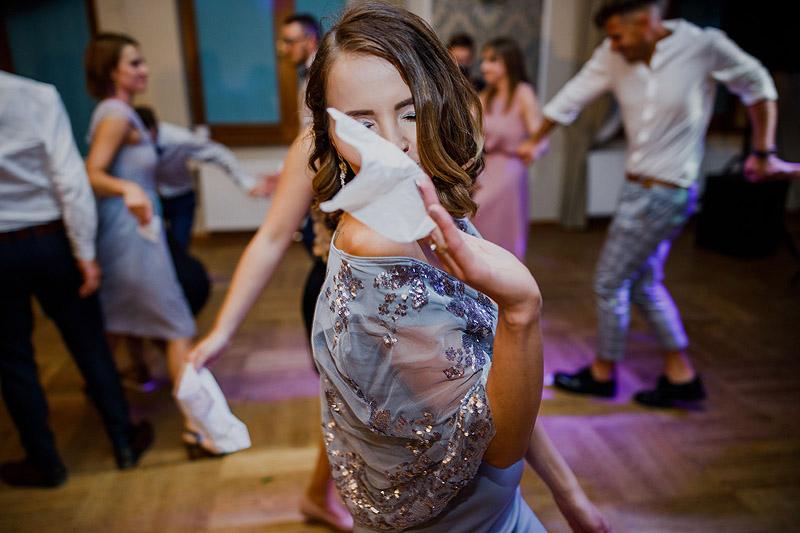 Zabawa weselna Rzeszów chusteczka