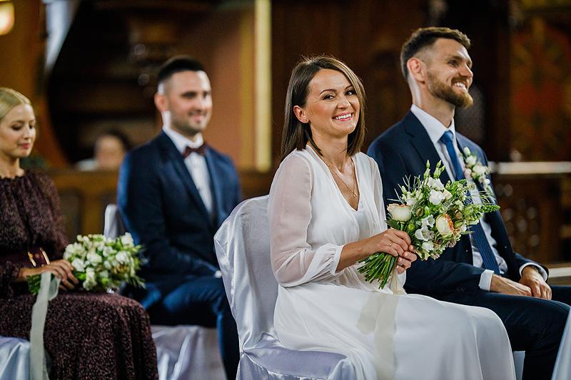 Ślubne kadry Fotografia plenerowa zdjęcia na ślubie